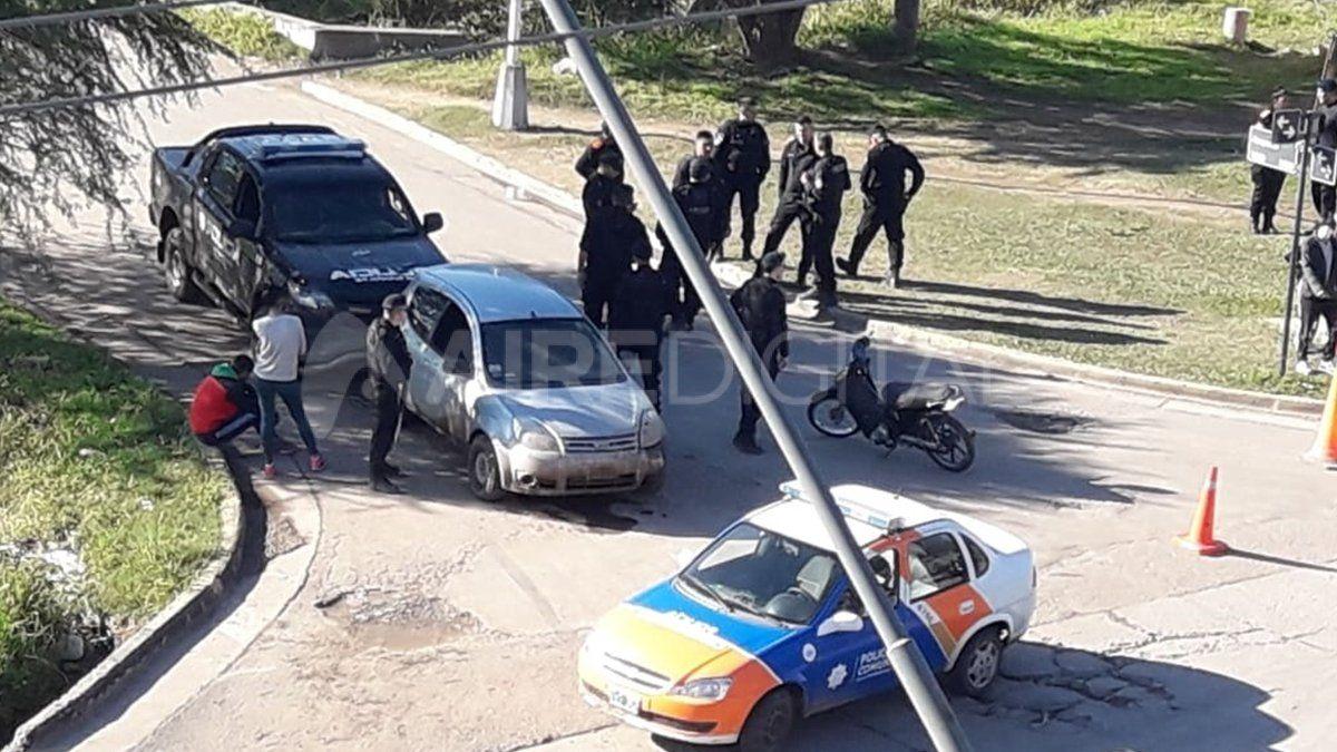 Procedimiento. Los ocupantes del auto fueron detenidos.