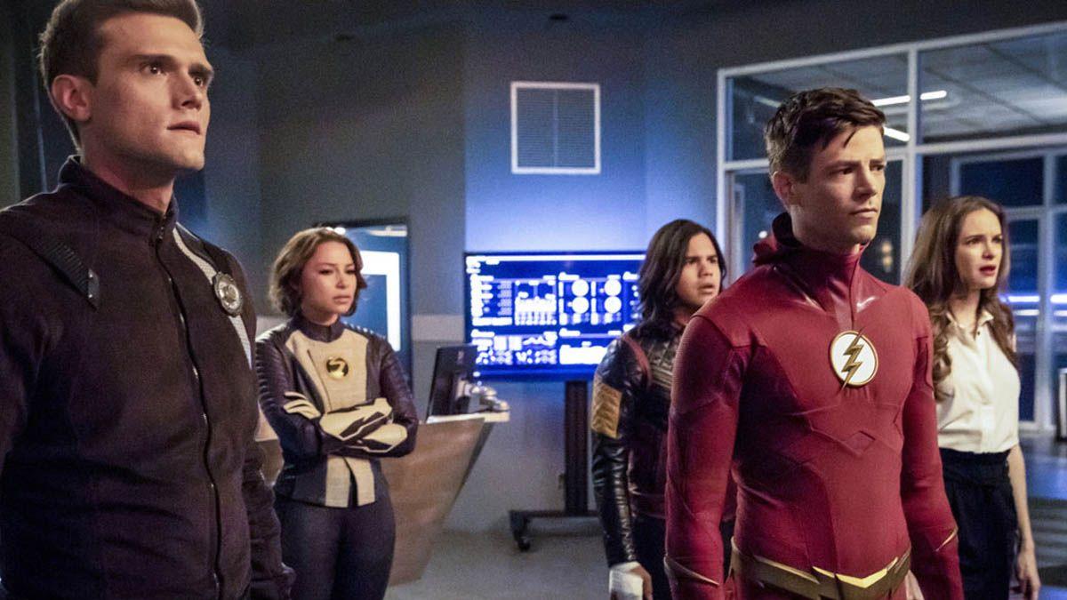 Un actor de The Flash es despedido al descubrirse sus tuits racistas