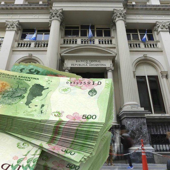 La autoridad monetaria sube la tasa para desalentar la demanda de dólares y hacer más atractiva las colocaciones en pesos