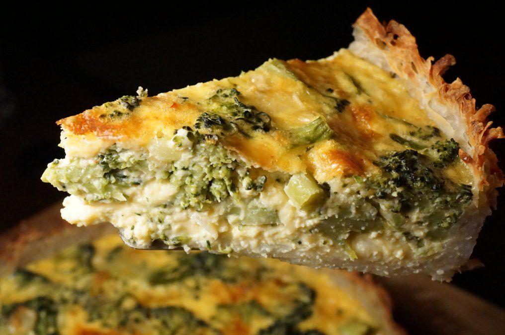 Tarta de brócoli para un almuerzo saludable.