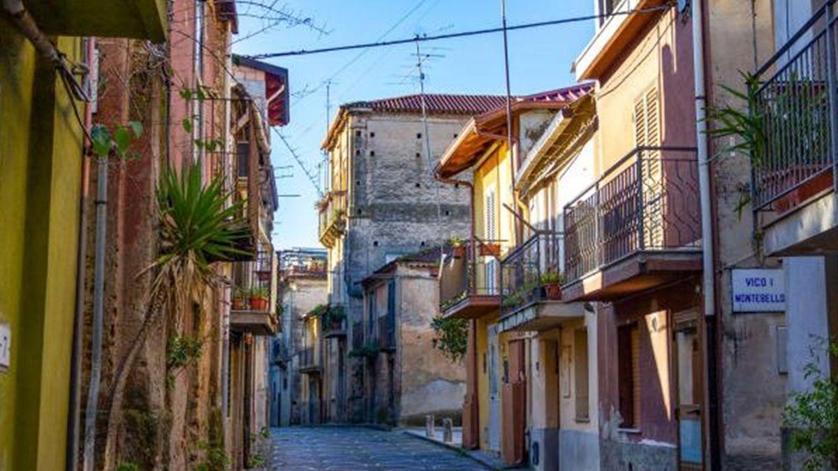 En Italia aparecieron ofertas con viviendas de a un euro en Cinquefrondi
