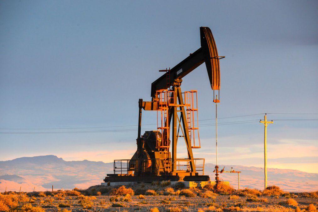Yacimientos petrolíferos en Chubut y Santa Cruz.