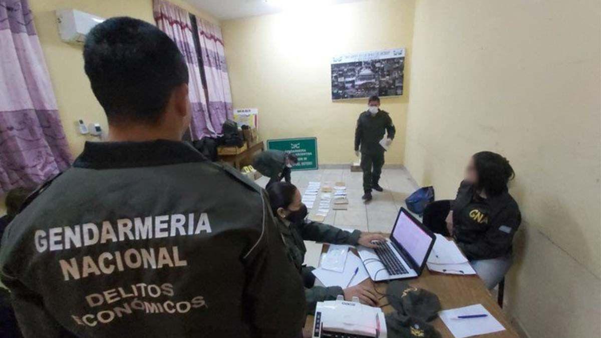 Secuestraron  25 millones de pesos escondidos en camiones e investigan si pertenecen al narcotráfico