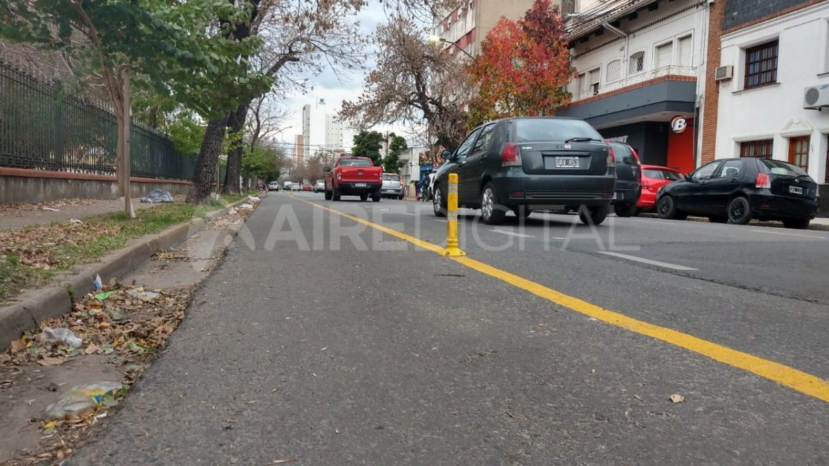 La ciclovía en Urquiza va desde Bulevar Pellegrini hasta Juan José Paso.
