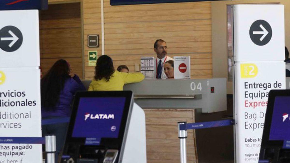 En el caso de que los clientes hayan adquirido un pasaje con destino dentro del país