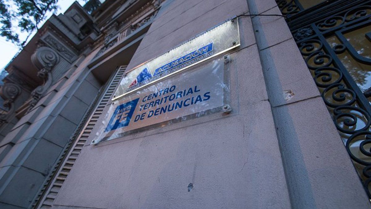 Se la vincula con por lo menos diez ataques a disparos a diferentes inmuebles en Rosario