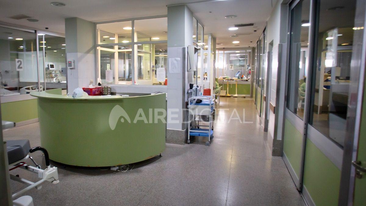 Vista de la terapia intensiva del área covid del hospital Cullen.