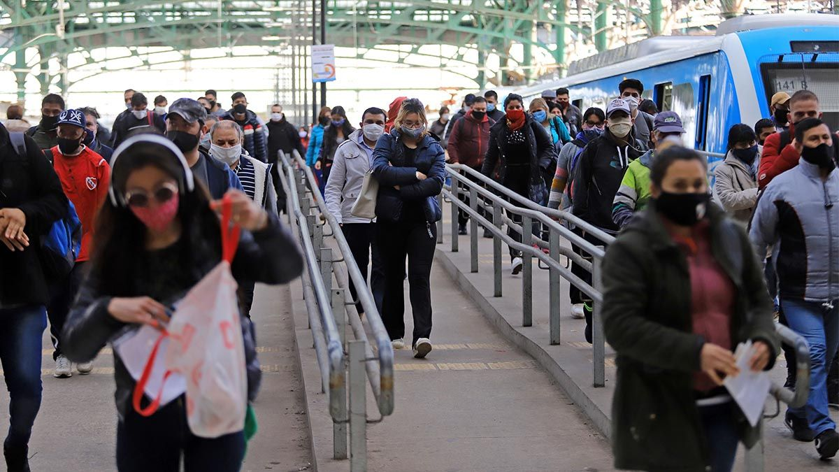 Ante el constante aumento de pasajeros en el Amba se resolvió profundizar los controles en el transporte público.