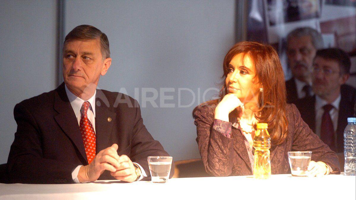 Eran tiempos en los que Cristina Fernández aparecía como casi imbatible. Hermes Binner logró el segundo lugar en aquellas elecciones