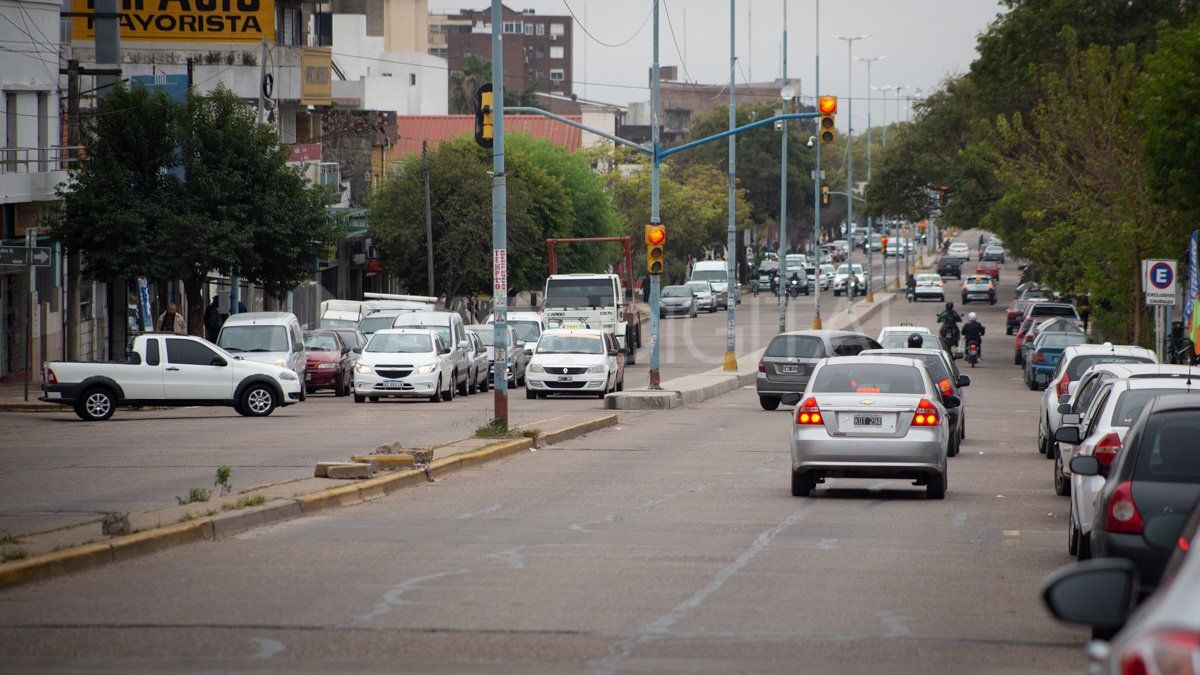 El aumento de casos de coronavirus en Paraná obligó a las autoridades a realizar mayores controles en el tránsito y rever permisos y habilitaciones.