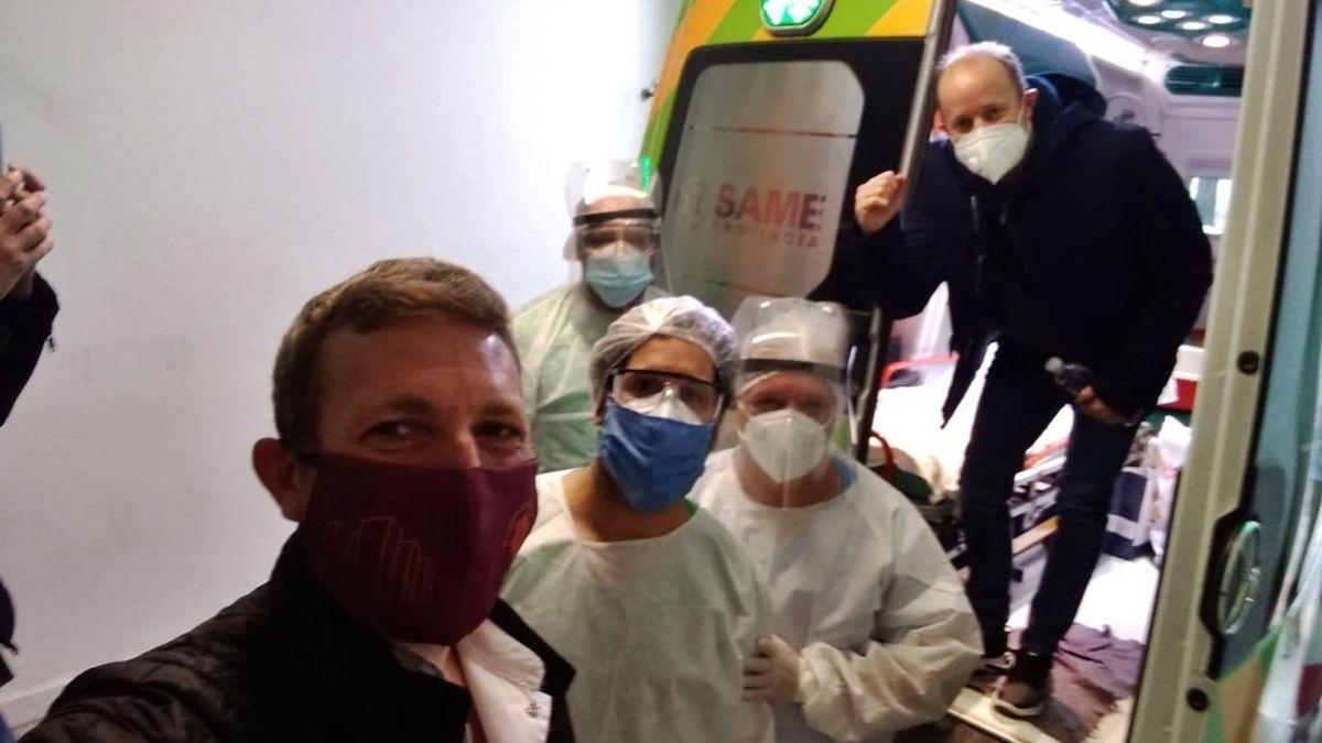 La foto que compartió en su Twitter Martín Insaurralde tras recibir el altahospitalaria.