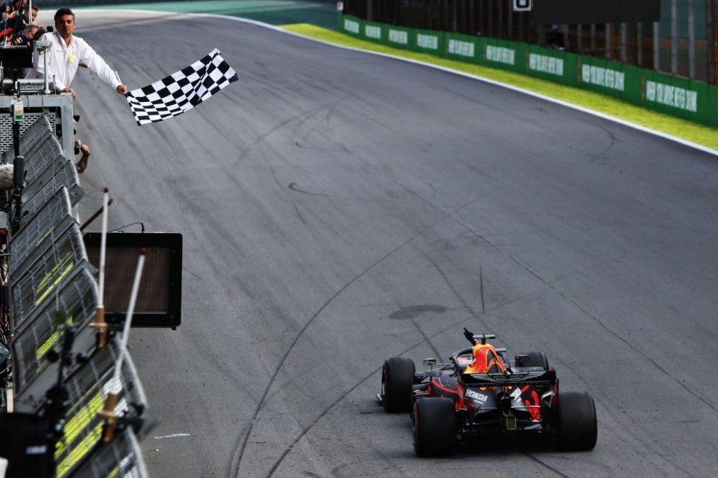 La Fórmula 1 invierte un millón de dólares para hacer más inclusiva y diversa la categoría.