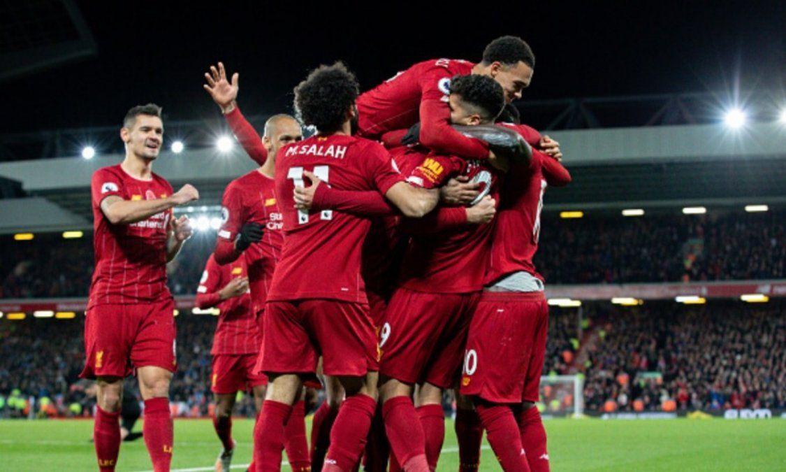 Liverpool se consagró campeón de la Premier sin jugar por la caída de Manchester City