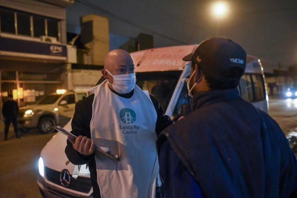 Así asisten a santafesinos en situación de calle en pleno invierno