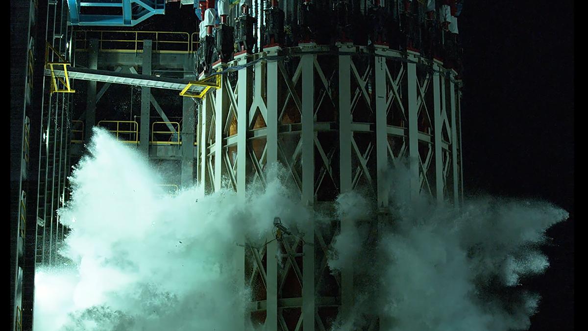La Nasa probó un tanque de oxígeno líquido que llevó al límite para evaluar su resistencia. El tanque explotó.