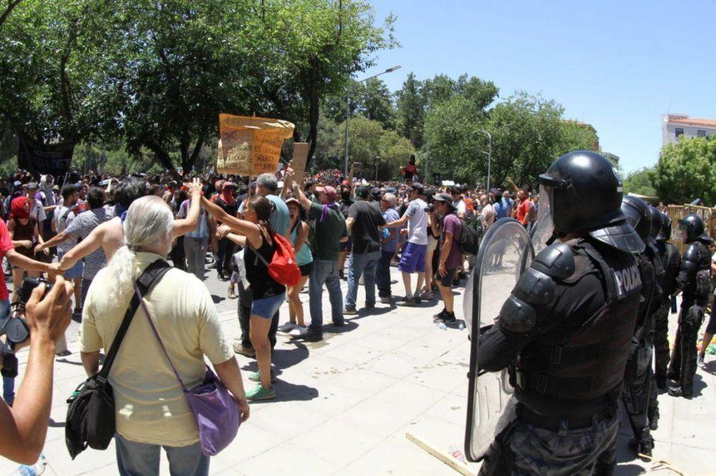 Represión en Mendoza