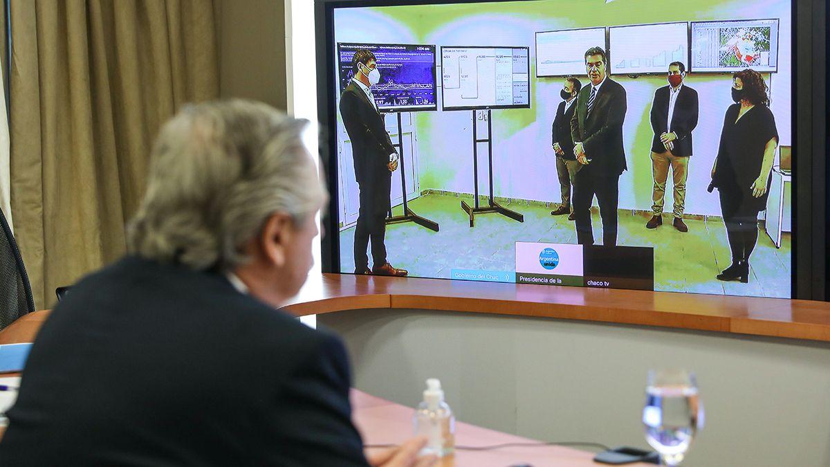 El presidente Alberto Fernández en lavideoconferencia con el gobernador de Chaco