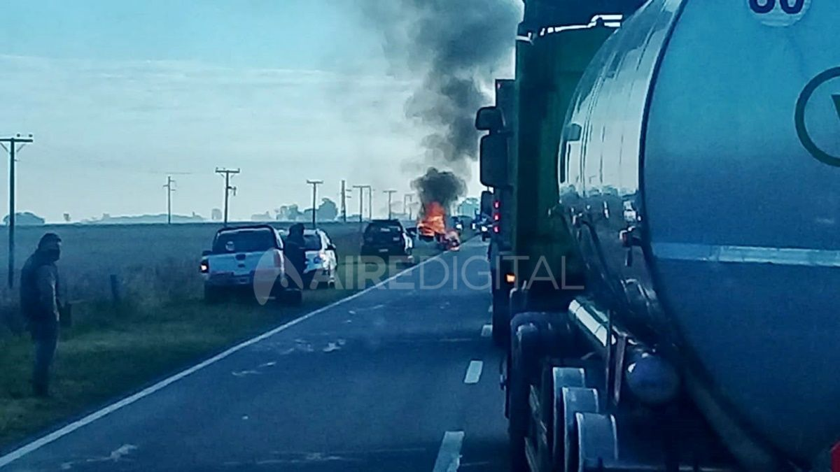 Por el accidente, se cortó el tránsito en la ruta nacional 11 entre las 9 y las 10.30.