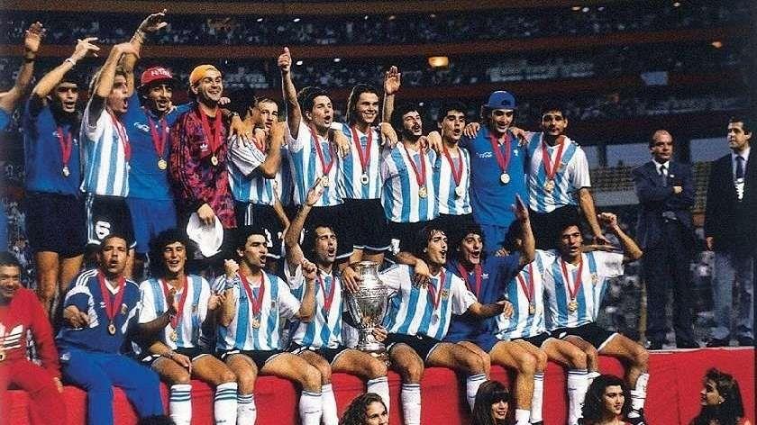 Los festejos del plantel campeón en 1993.