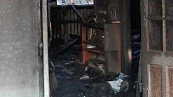 Se incendió un templo adventista y murió un ladrón: la Biblia intacta