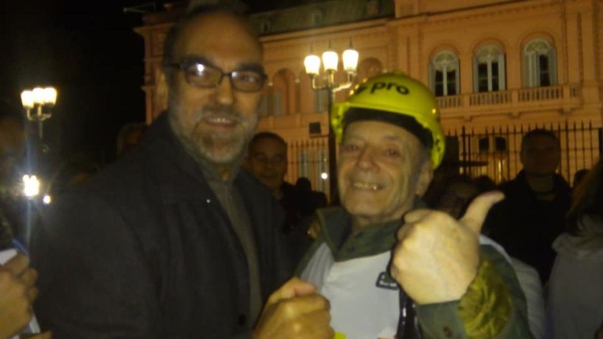 El jubilado de Buenos Aires participó de las marchas en contra de la cuarentena por coronavirus.