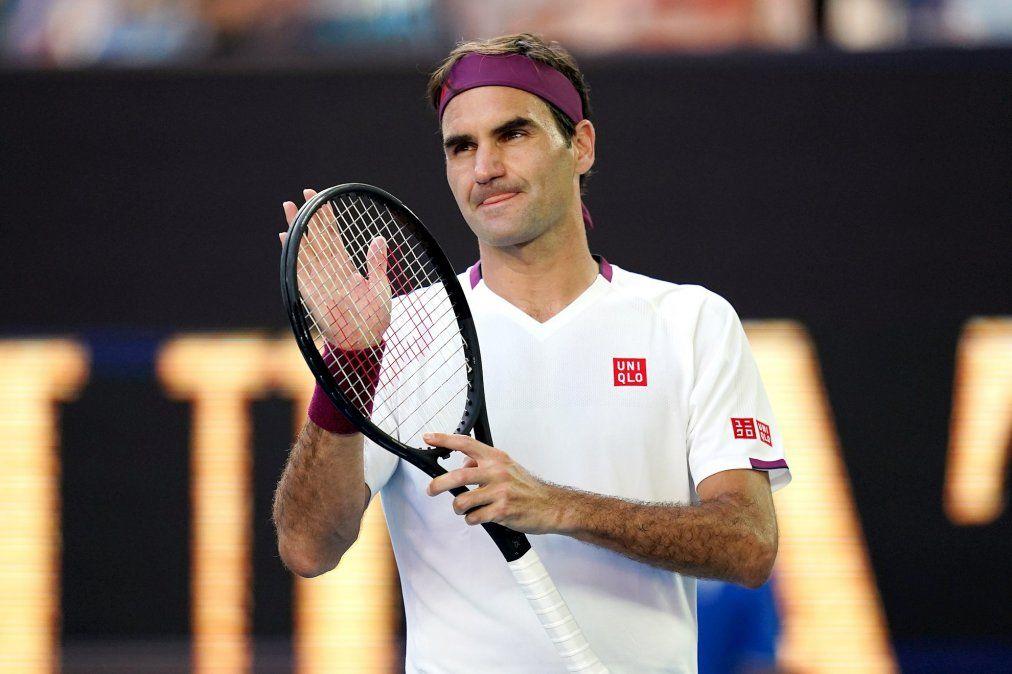 Roger Federer aseguró que seguirá jugando en 2021 y tranquilizó a sus fanáticos.
