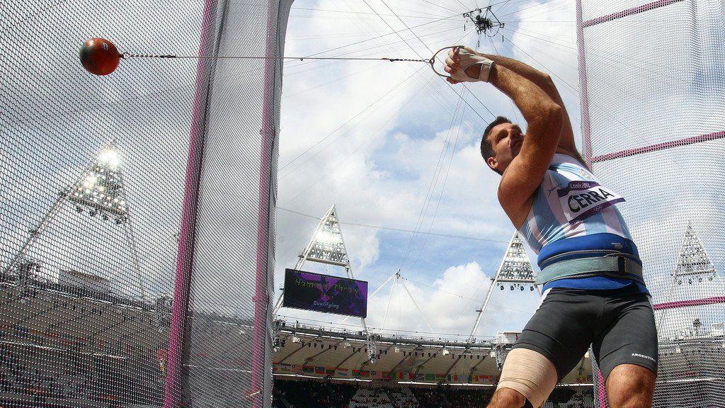 Juan Ignacio cerra en el estadio olímpico durante los Juegos Olímpicos de Londres, en 2012.