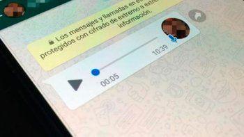 Cómo escuchar mensajes de audio de WhatsApp y que no aparezca el reproducido a mi contacto