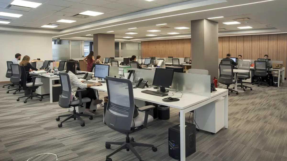 Por el coronavirus Covid19 las oficinas están casi vacías
