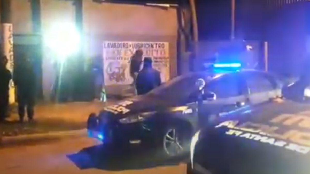 Video: así desbarataron una fiesta clandestina con más de 300 personas en Santa Fe