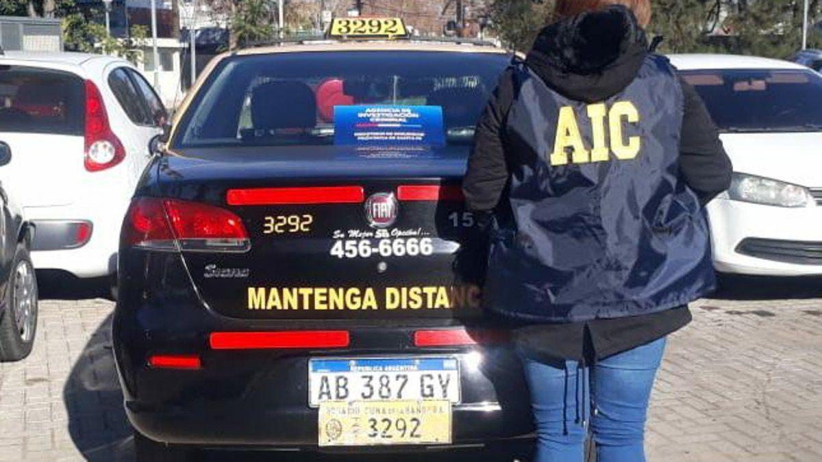El taxi que fue utilizado para trasladar a la anciana.