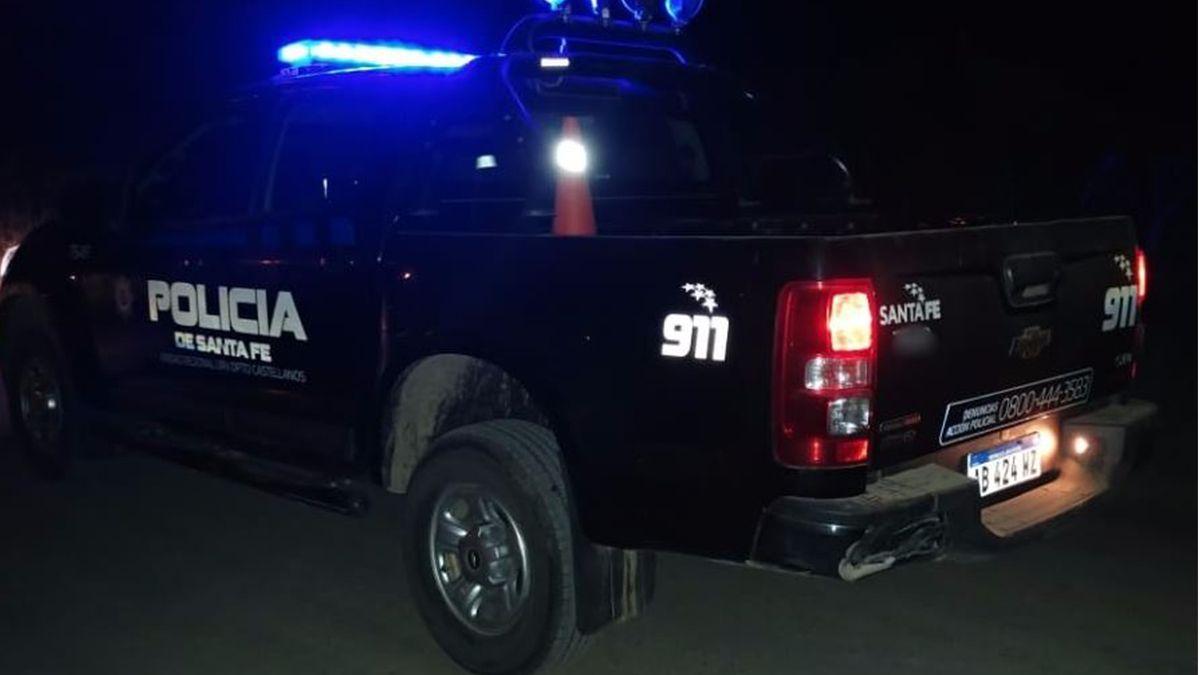 Barrio Los Hornos: para fugarse, un delincuente le disparó al policía que lo perseguía