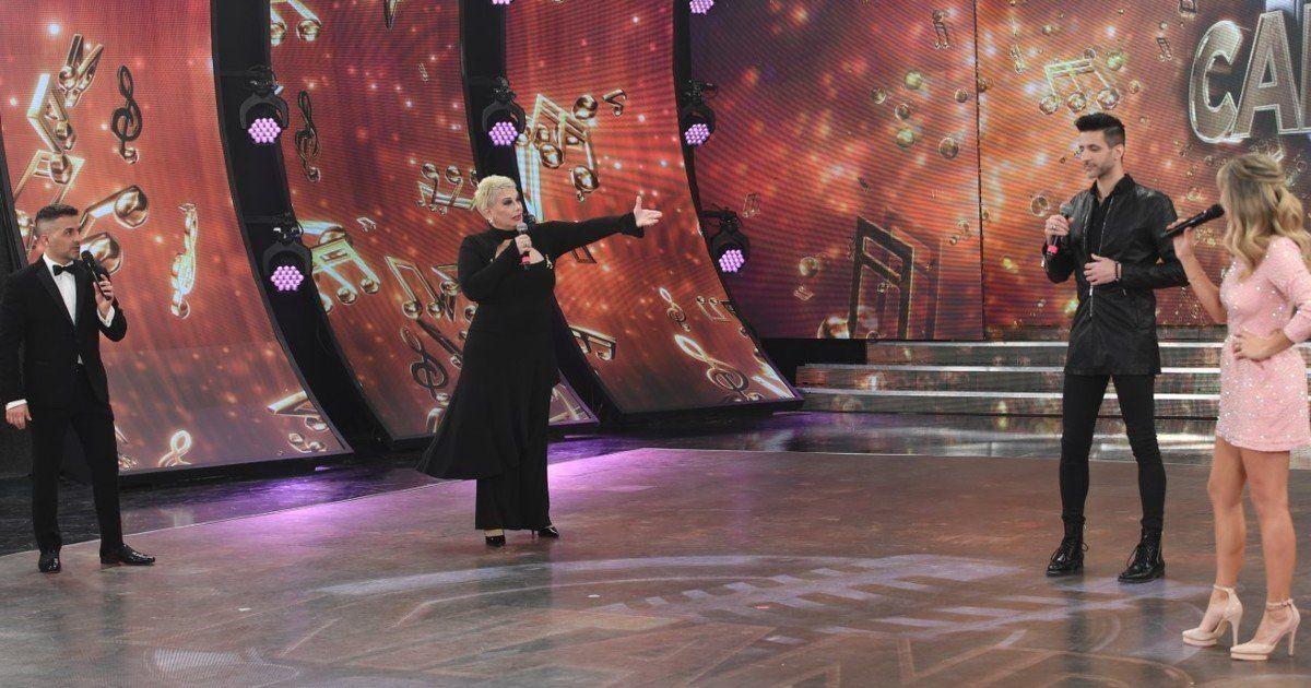 Carmen Barbieri rompió el hielo con un homenaje a Sergio Denis.