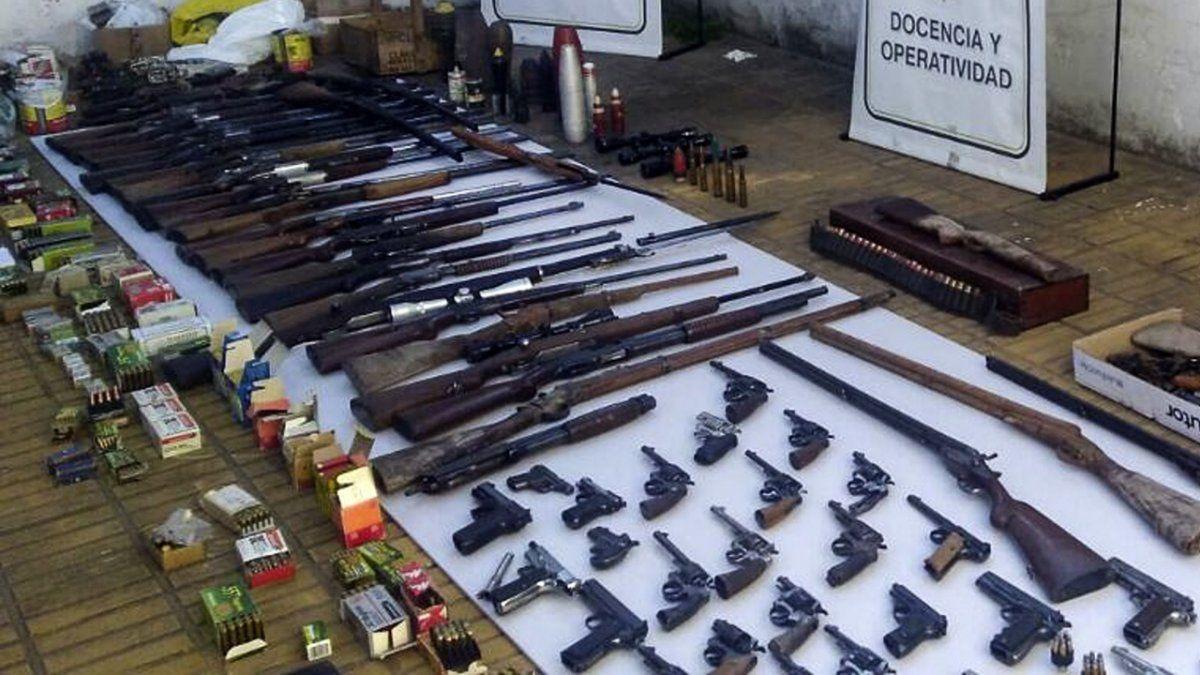 """El contrabando de las armas y el pago del """"servicio"""" se hacían por intermedio de choferes de ómnibus de larga distancia que unían las ciudades de Asunción"""