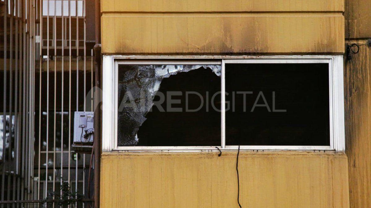 Se incendió un departamento en Rosario y murieron dos hombres