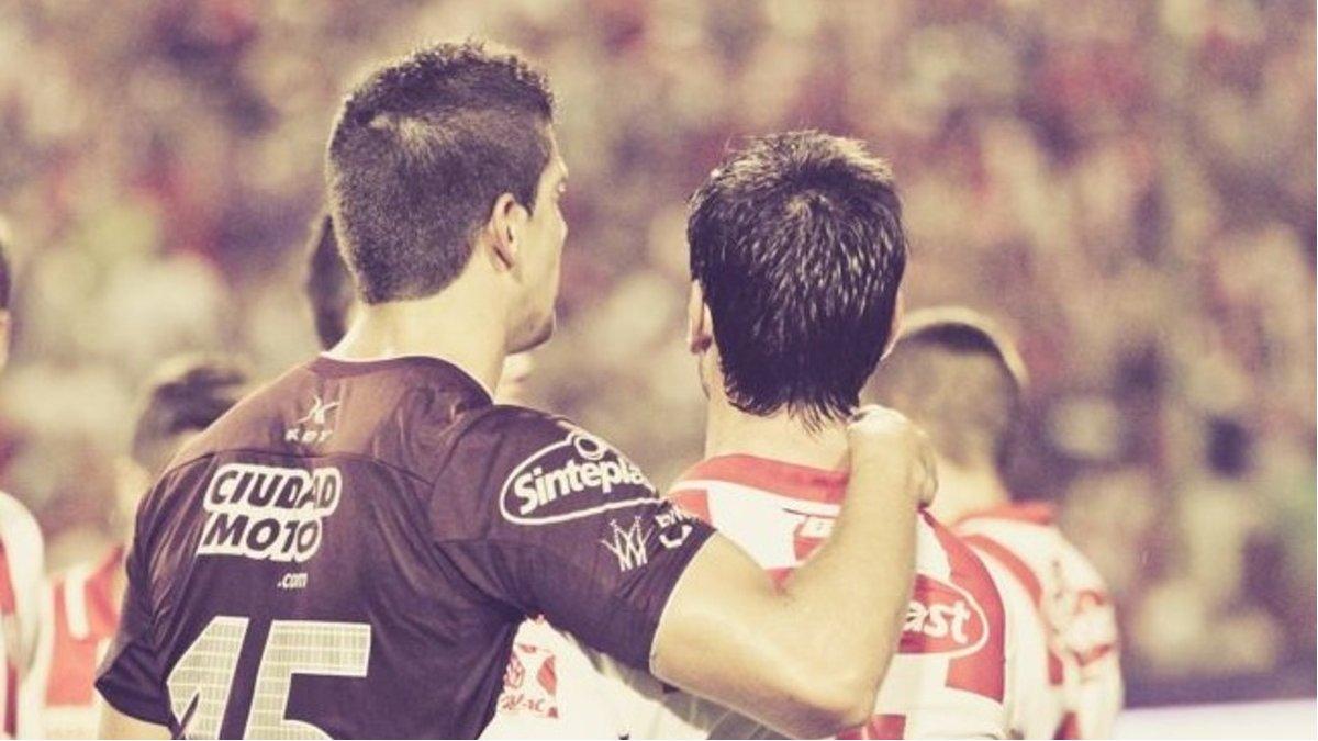 Diego Barisone y Santiago Zurbriggen, en un Unión - Lanús del año 2015.