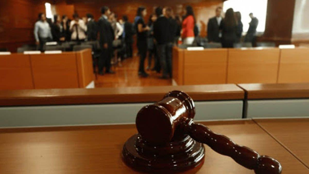 Habilitan al Estado a ser querellante en causa contra jueces y un fiscal por contagio de coronavirus