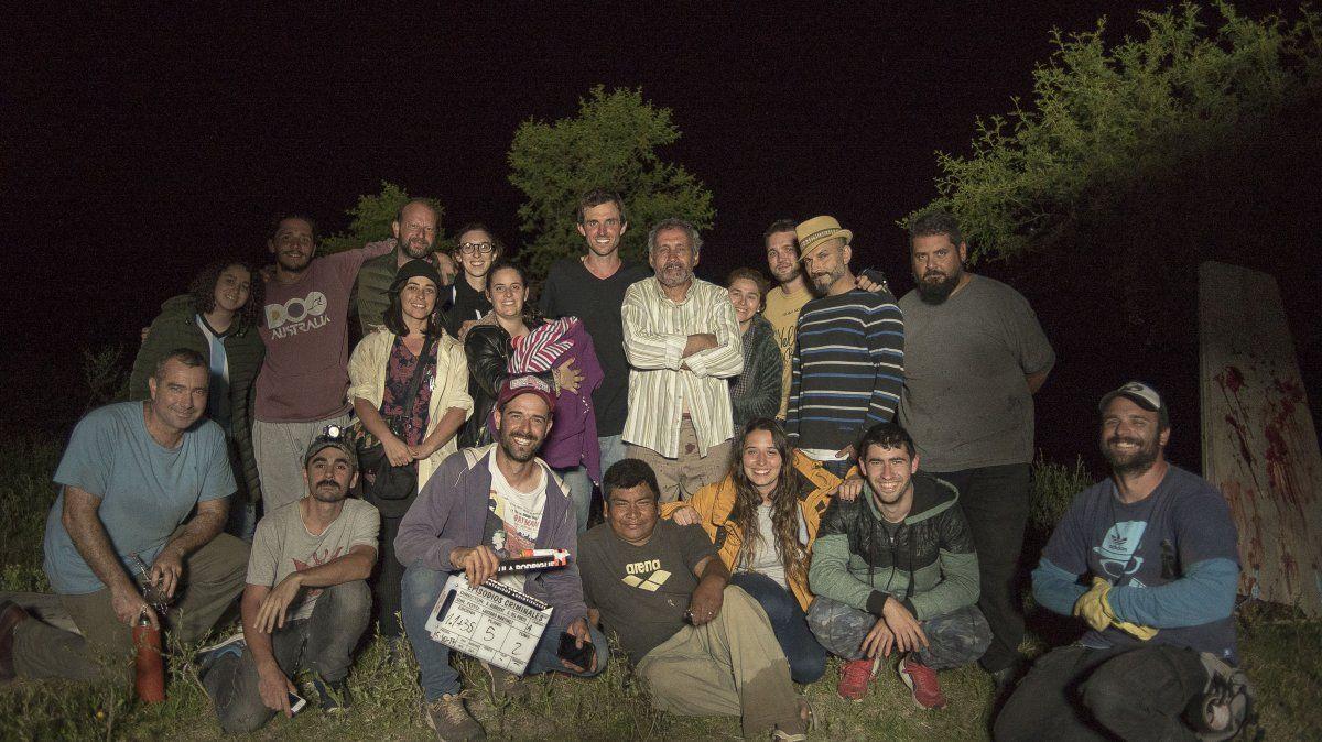 El elenco está compuesto por actores de gran reconocimiento regional, el guión y la dirección son de  Baltasar Albretch y Gastón del Porto, y la producción está a cargo de Paula Rodríguez de Alto Cine producciones.