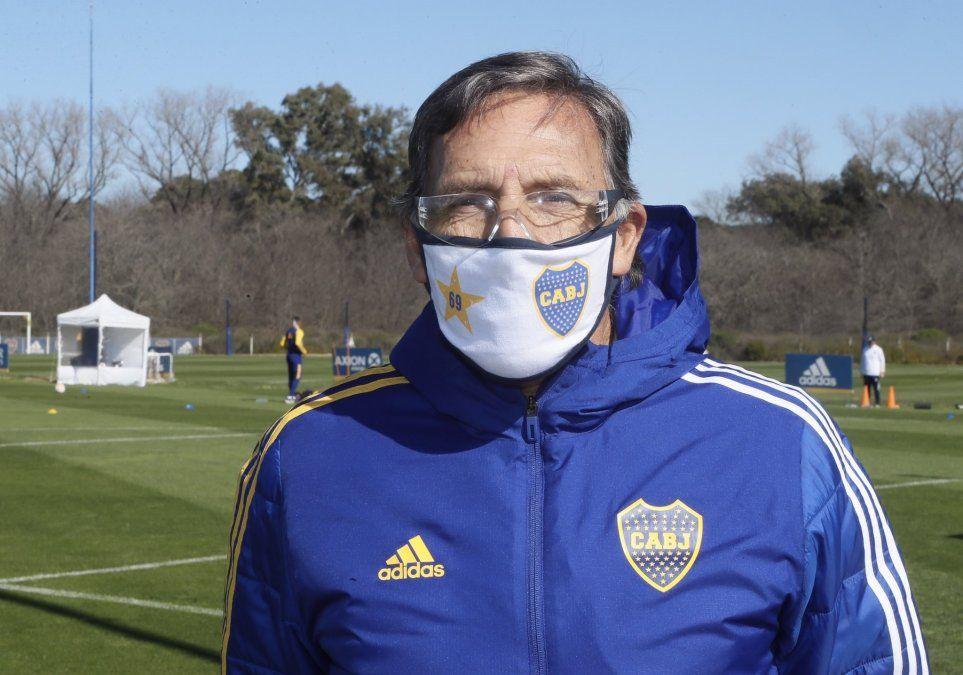 Miguel Ángel Russo aún no sabe con qué jugadores contará para poder viajar a Paraguay.