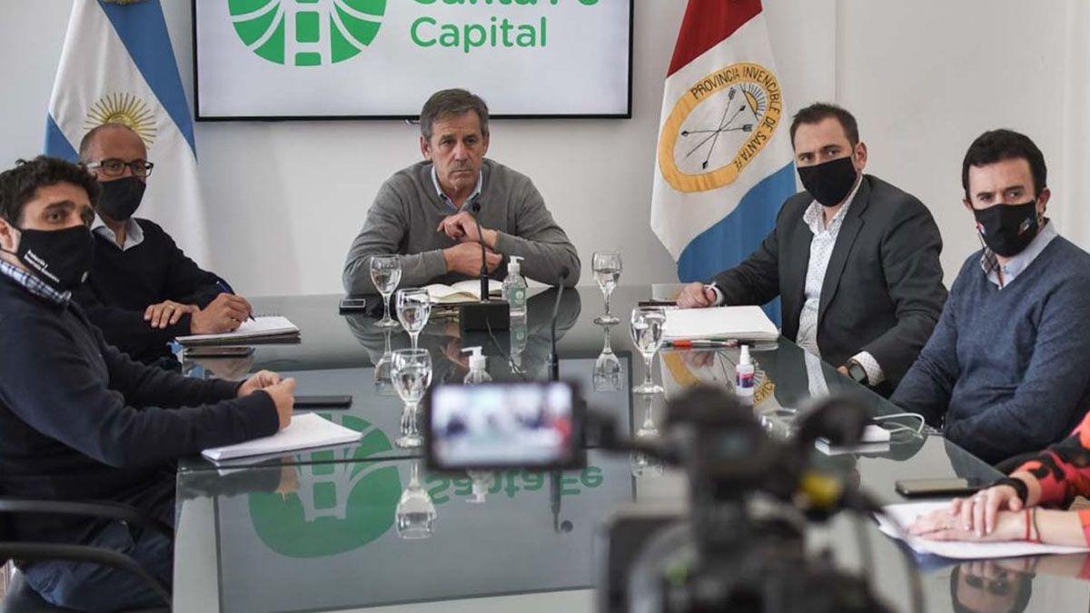 Se concretó una reunión encabezada por el intendente Emilio Jatón con representantes del sector hotelero gastronómico de la capital de la provincia.