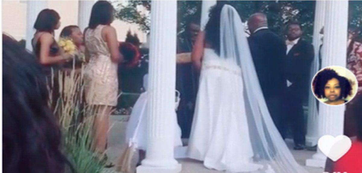 Una mujer embarazada arruina la boda de su amante al irrumpir en la ceremonia y gritar ¡Aquí está tu bebé!
