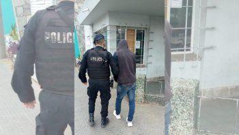 Una policía de franco evitó el robo a una panadería