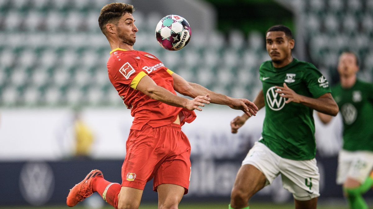 Con Alario como titular, el Bayer Leverkusen igualó ante Wolfsburgo