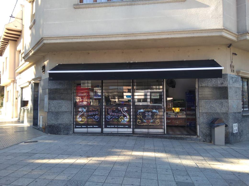 El robo se registró minutos después de las 14.00 en Bulevar Gálvez y Laprida.