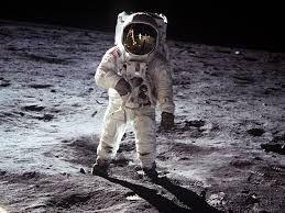 Teorías conspirativas sobre la llegada a la Luna