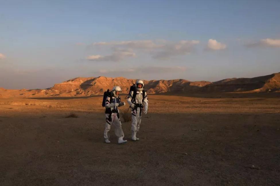 La NASA planea enviar humanos a Marte en el 2033.