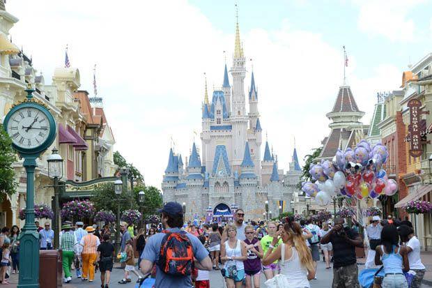 Disney Disneyland trabajadores