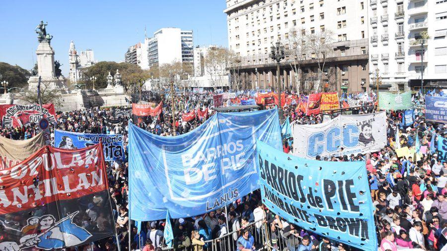 Movimientos sociales reclamaron la prórroga de la ley de Emergencia Alimentaria para aumentar las partidas presupuestarias a los sectores más vulnerables.