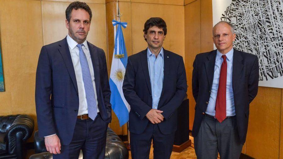La meta principal de Sandleris y Lacunza es renegociar la deuda y encontrarse con inversionistas.