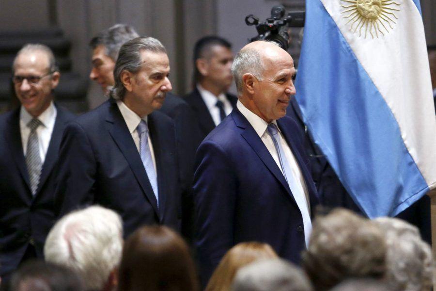 Carlos Maqueda, Ricardo Lorenzetti y Horacio Rosatti votaron a favor de las provincias. Foto: La Nación.